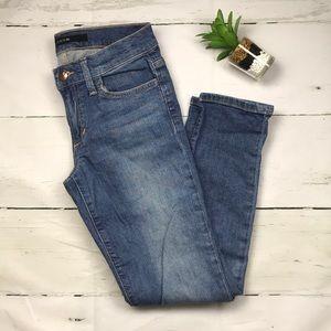 Joe's skinny crop jeans size 26 medium wash